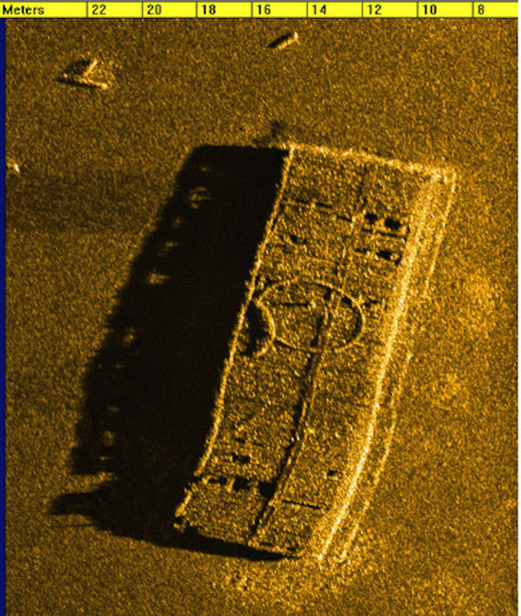 how to read sonar images