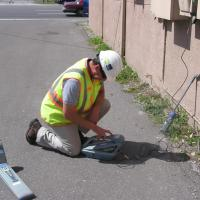 Using an RD-4000 Pipe and Cable Locator to Mark a Communication Line